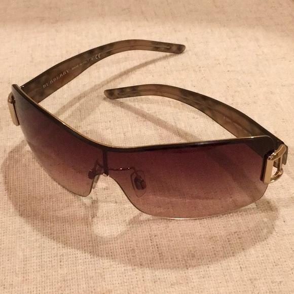 a1582f9f6a84 Burberry Accessories - PRICE DROP! Burberry Shield Sunglasses